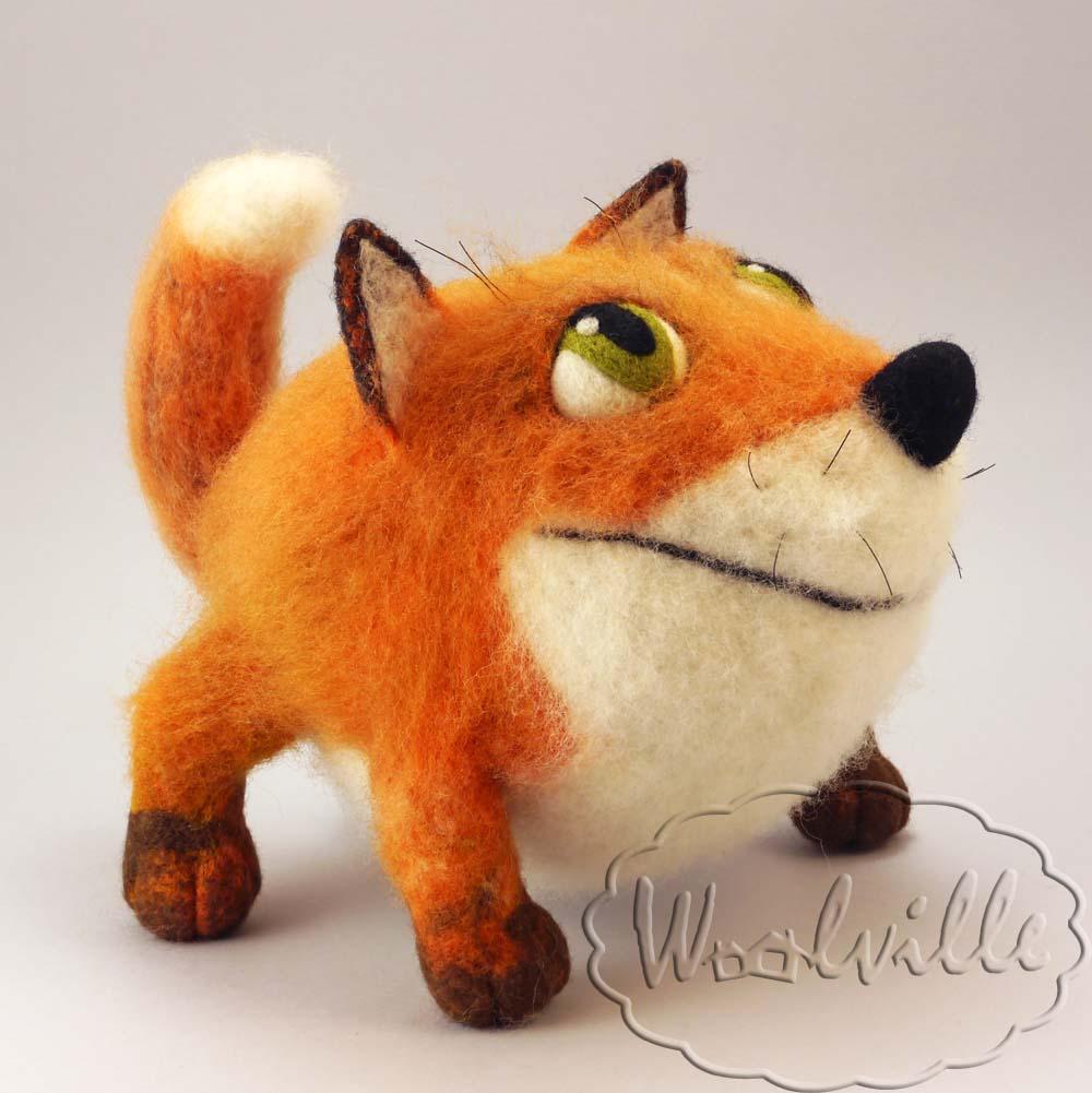 Авторская игрушка Овальный лис