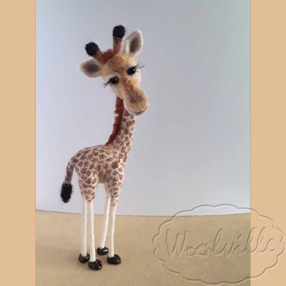 Игрушка из шерсти Жирафик