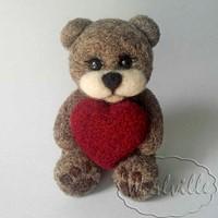 Игрушка Мишка с сердечком