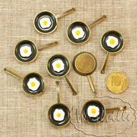 Миниатюра сковорода с яичницей