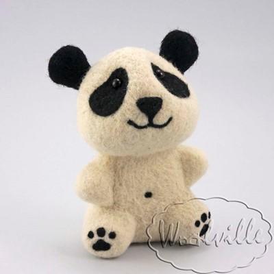 Игрушка из шерсти Малыш панда