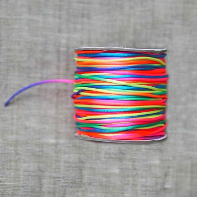 Шнур нейлоновый радуга 1,5 мм